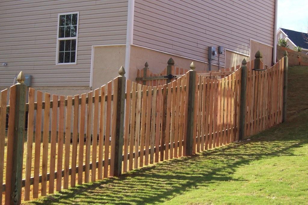neg_sawn_arch_picket_fence_2