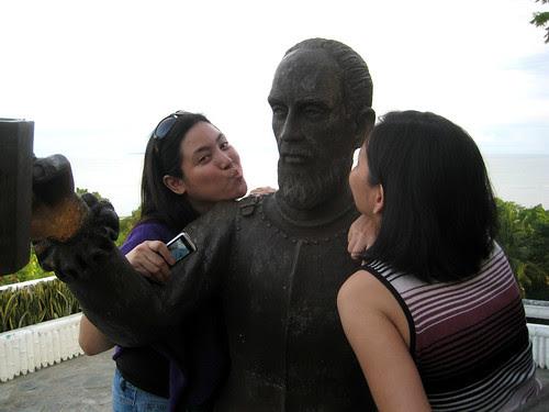 A kiss to Miguel Lopez De Legazpi