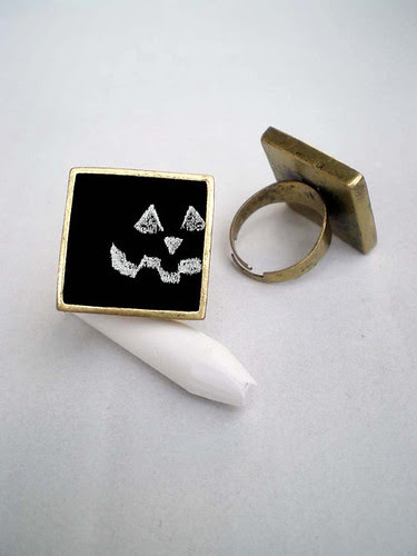 Coco Delay chalkboard ring