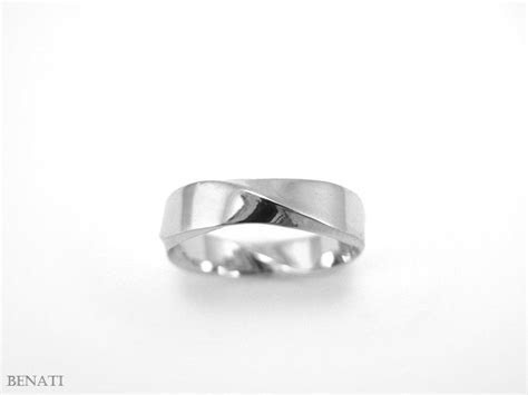 Mobius Wedding Ring   5mm Rectangle Profile Mobius Ring In