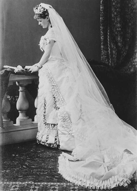 Royal Wedding Dresses   Royal.uk
