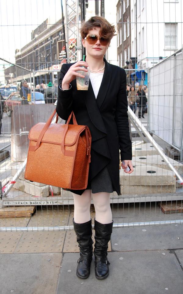 orange_bag_london_fashion_week