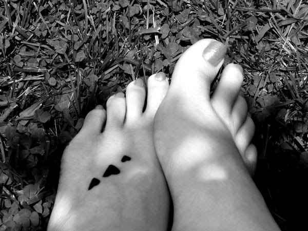 Simple Heart Tattoos On Foot Best Tattoos Designs