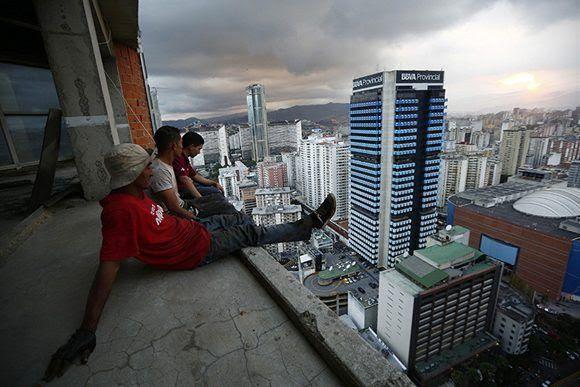 """"""" Venezuela debe estar unificada por un líder histórico y un proyecto grandioso"""", dice Ramonet. Foto: Jorge Silva/ Reuters."""