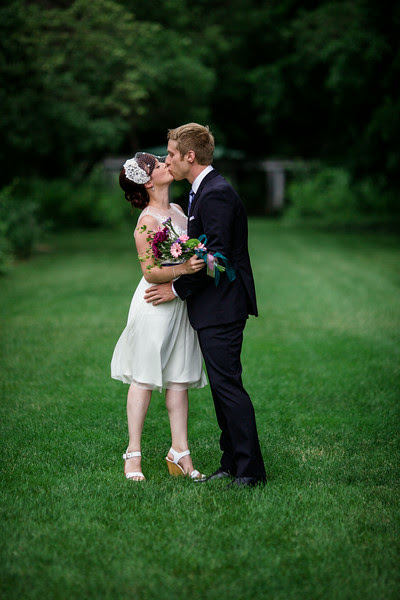 First Look photos at Sinnissippi by nicholas conservatory in Rockford IL by Mindy Joy Photography