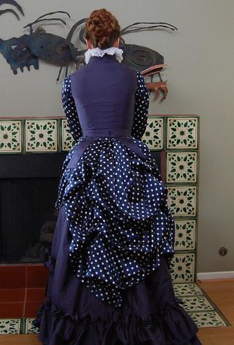 Spotty Dress--Documentation