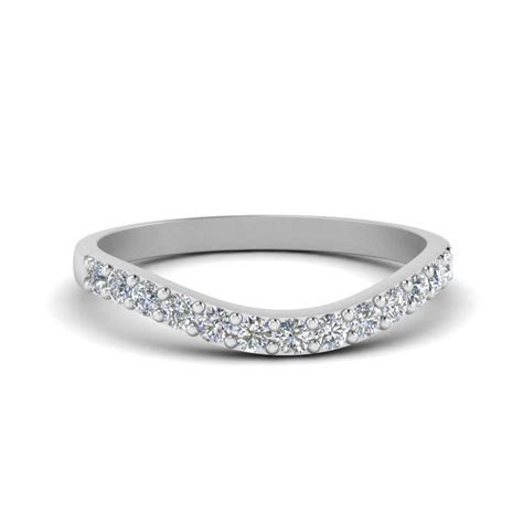 Platinum Wedding Bands For Women At Affordable Prices
