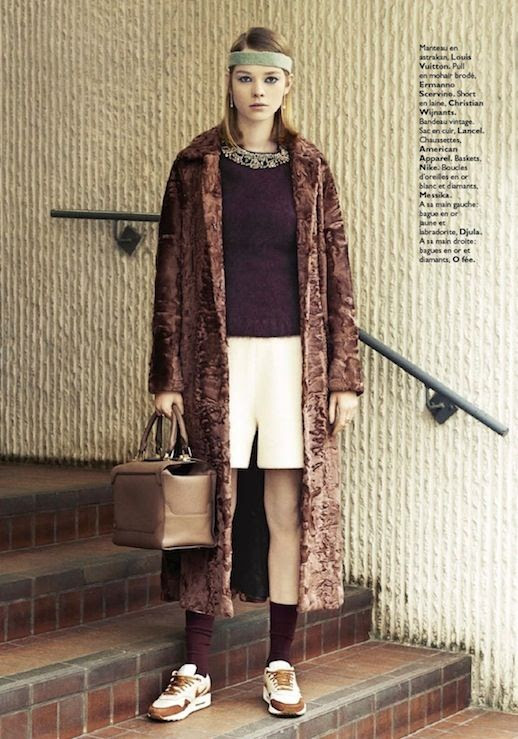 LE FASHION BLOG MARGOT TENENBAUM INSPIRED EDITORIAL GRAZIA FRANCE GWYNETH PALTROW ROYAL TENENBAUMS MOVIE STYLE PHOTOGRAPHER EMANUELE FONTANESI STYLED BY CHARLOTTE BRIERE MODEL GWEN LOOS BLUNT LONG BOB HAIR NATURAL BEAUTY GREY SWEATBAND SPORT HEADBAND EMBELLISHED COLLAR SWEATER DROP EARRINGS WHITE KNEE LENGTH SHORTS LONG TEXTURED RABBIT FUR COAT TAN LEATHER BOX BAG BROWN ANKLE SOCKS NIKE AIR MAX SNEAKERS WHITE COPPER METALLIC TRAINERS 5 photo LEFASHIONBLOGMARGOTTENENBAUMINSPIREDEDITORIALGRAZIAFRANCE5.jpg