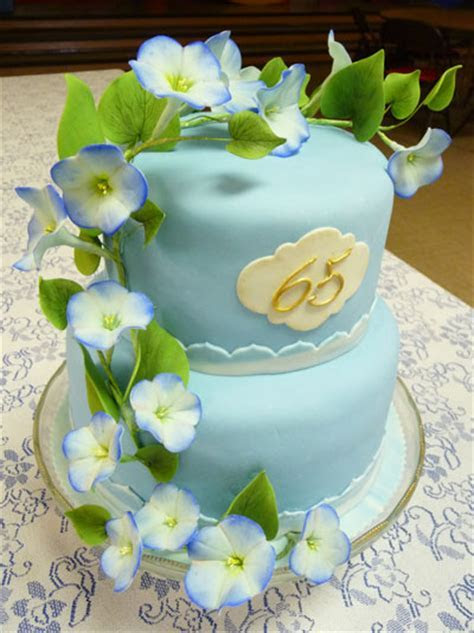 Blue Daisy Cakes   Custom Cakes in Moscow Idaho