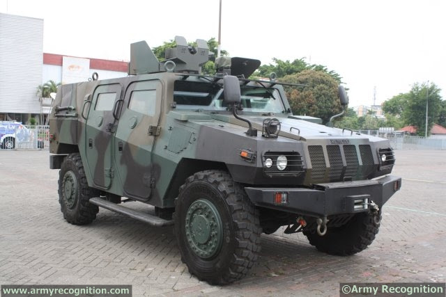 http://www.armyrecognition.com/images/stories/asia/indonesia/defence_exhibition/indodefence_2014/news/pictures/Pindad_increases_its_Komodo_4x4_tactical_vehicles_range_with_a%20new_Recon_variant_640_001.jpg
