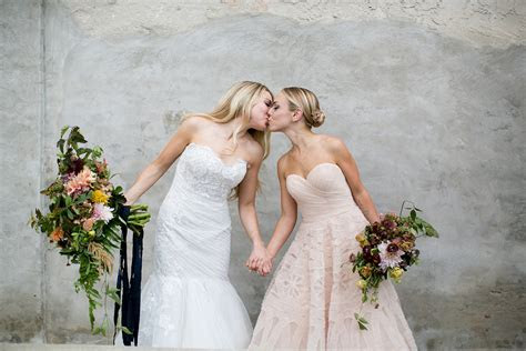 Front and Palmer wedding :: Marisa and Morgan   Peach Plum