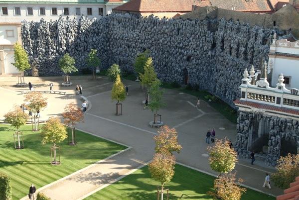 Ένα Ταξίδι στην Όμορφη Τσεχία-Βοτανικός Κήπος Valdštejnská zahrada