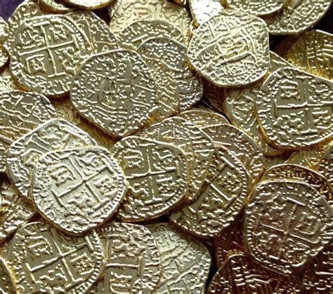 100 Metal Gold Pirate Coin Replicas (Treasure, Pirates of