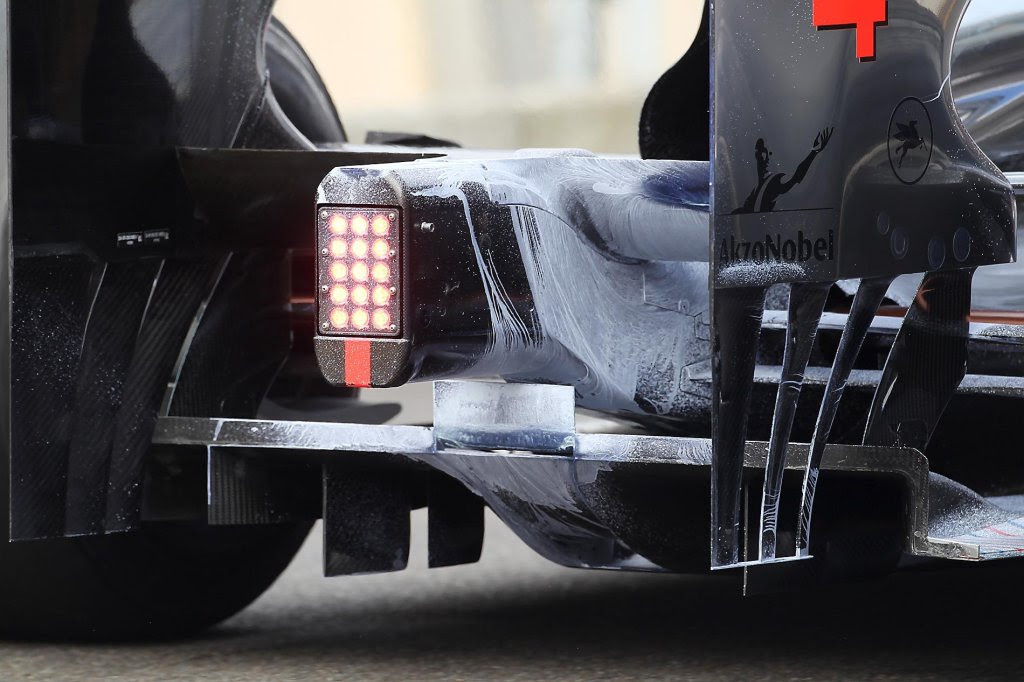 Modifiche aerodinamiche su Red Bull e McLaren