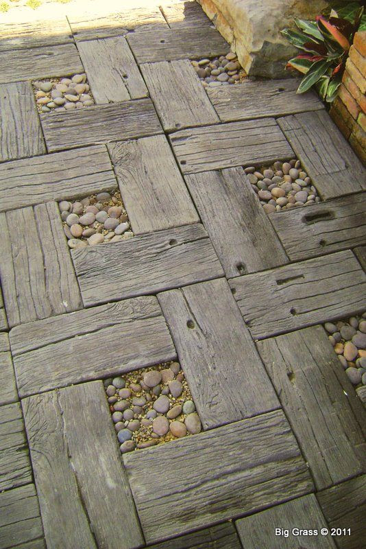 DIY: Reclaimed Wood and Rock Patio
