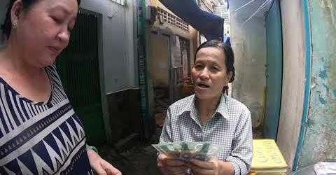 Nữ Việt Kiều ÚC giấu tên gởi qua chị Thảo bán bánh bò hỗ trợ an táng chị Thủy tiều đường