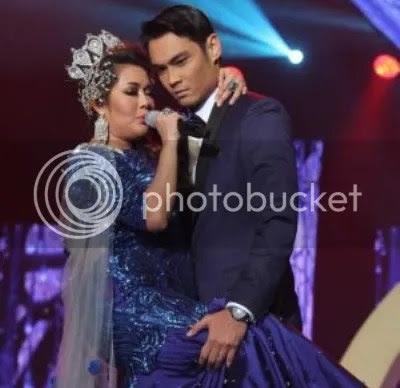 Iffah Raziah berpelukkan dengan Hisyam Hamid di konsert Gegar Vaganza