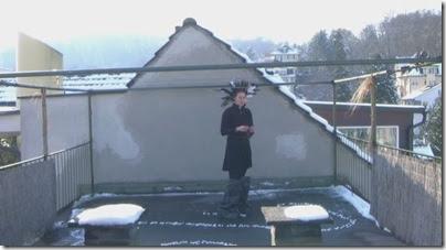 Laura Laeser - Art Performance in Lucerne