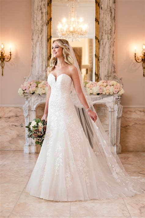 Glamorously Timeless Stella York Wedding Dresses Fall 2018