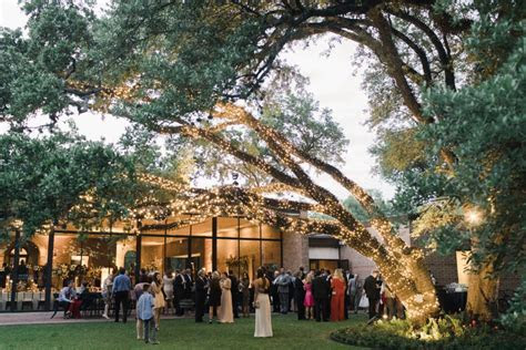 10 Gorgeous Houston Wedding Venues for Your Special Day