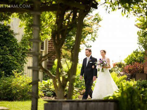 Unique Wedding Venues: Garden Settings in the Akron/Canton