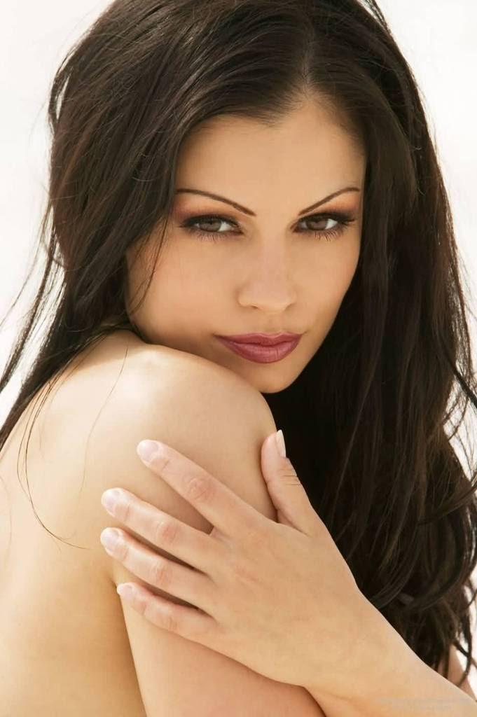 Sexy Aria Giovanni - Fur and Snow Photo Shoot - Sexy Actress Pictures | Hot Actress Pictures