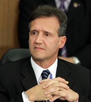 secretário de Segurança Pública, Aluízio Mendes