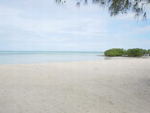 MURRUBUE - praia em Pemba_resize.jpg