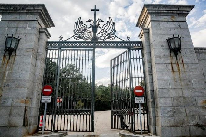 Los restos del dictador Francisco Franco saldrán del Valle de los Caídos este jueves.