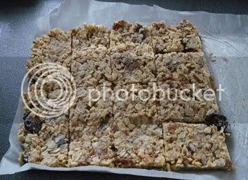 Foodycat: Fig and Walnut Flapjacks