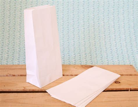 20 Small White Craft Party Favour Bags Lolly Bag Loot