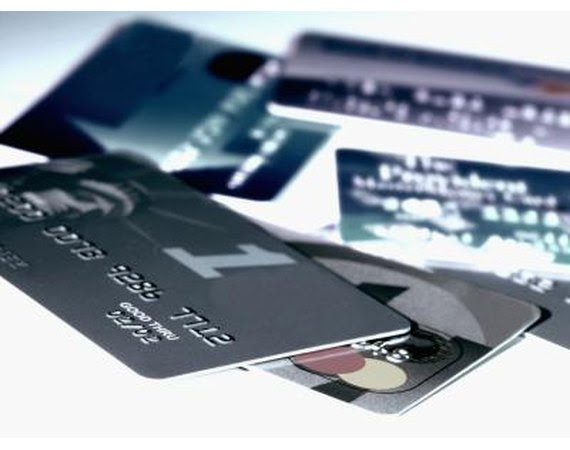 What Personal Information Does a Credit Report Contain?