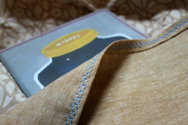 Heirloom Stitch in Aurifil Light Blue