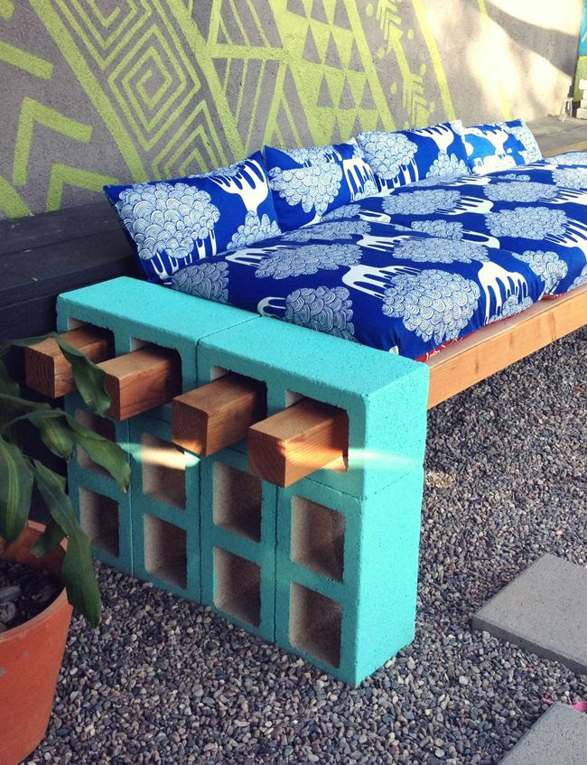 cinderblock and wood outdoor seating. DIY - I'm thinking a nice base for my new beehives