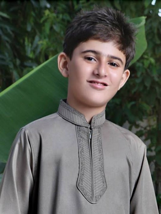 Boys-Kids-Trendy-Eid-ul-Fitr-Kurta-Kamiz-Collection-2013-by-Eden-Robe-4