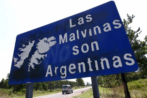 Cartel reivindicativo en una carretera argentina. | Reuters