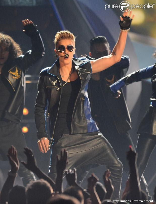 Mulher de 25 anos acusa o cantor de Justin Bieber de ser pai de sua filha