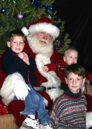 Visit to Santa 08 web