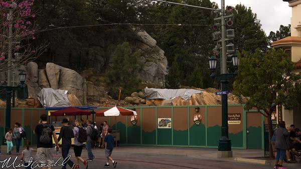 Disneyland Resort, Disney California Adventure, Buena Vista Street, Condor, Flats, Grizzly, Peak, Airfield
