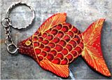gantungan kunci kayu batik ikan dorang