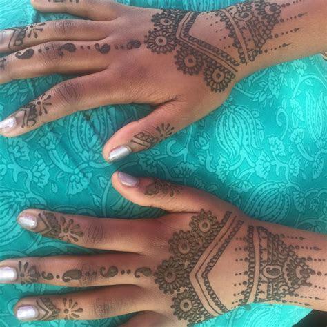 henna great dark skin love hands