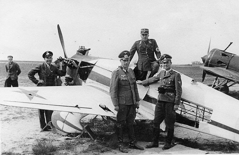File:Operation Barbarossa - Germans inspect Russian plane.jpg