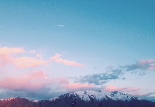 aubreylou22:My view from the Walmart parking lot the other night. aubreylou22