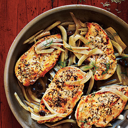 <p>Chicken with Italian Sweet-Sour Fennel</p>