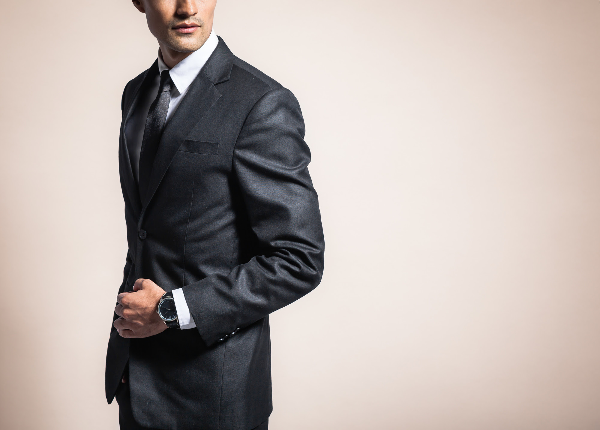 the do's and don'ts of professional business attire for