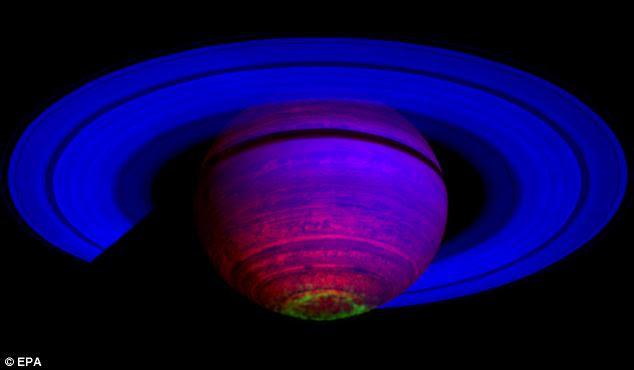 Foto-foto Terbaru NASA Planet Saturnus Bercahaya