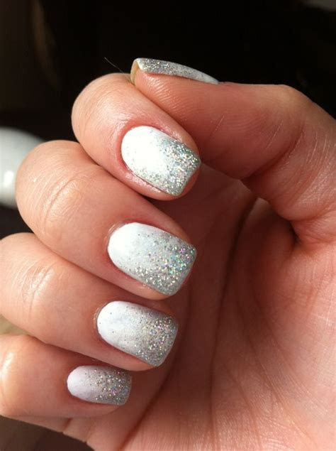 Festive Nail Art Designs for the Holidays ? Glam Radar