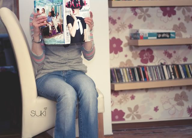 Suki,reading vogue,my favourite magazine