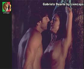 Gabriela Duarte nua no filme O Vestido