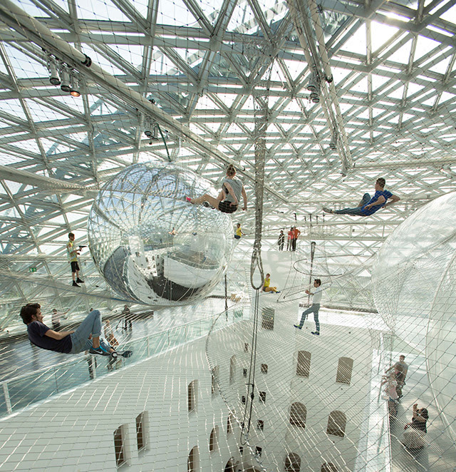 Tomás Saraceno Launches You into the Sky with His Latest Suspended Installation In Orbit at K21 Staendehaus installation